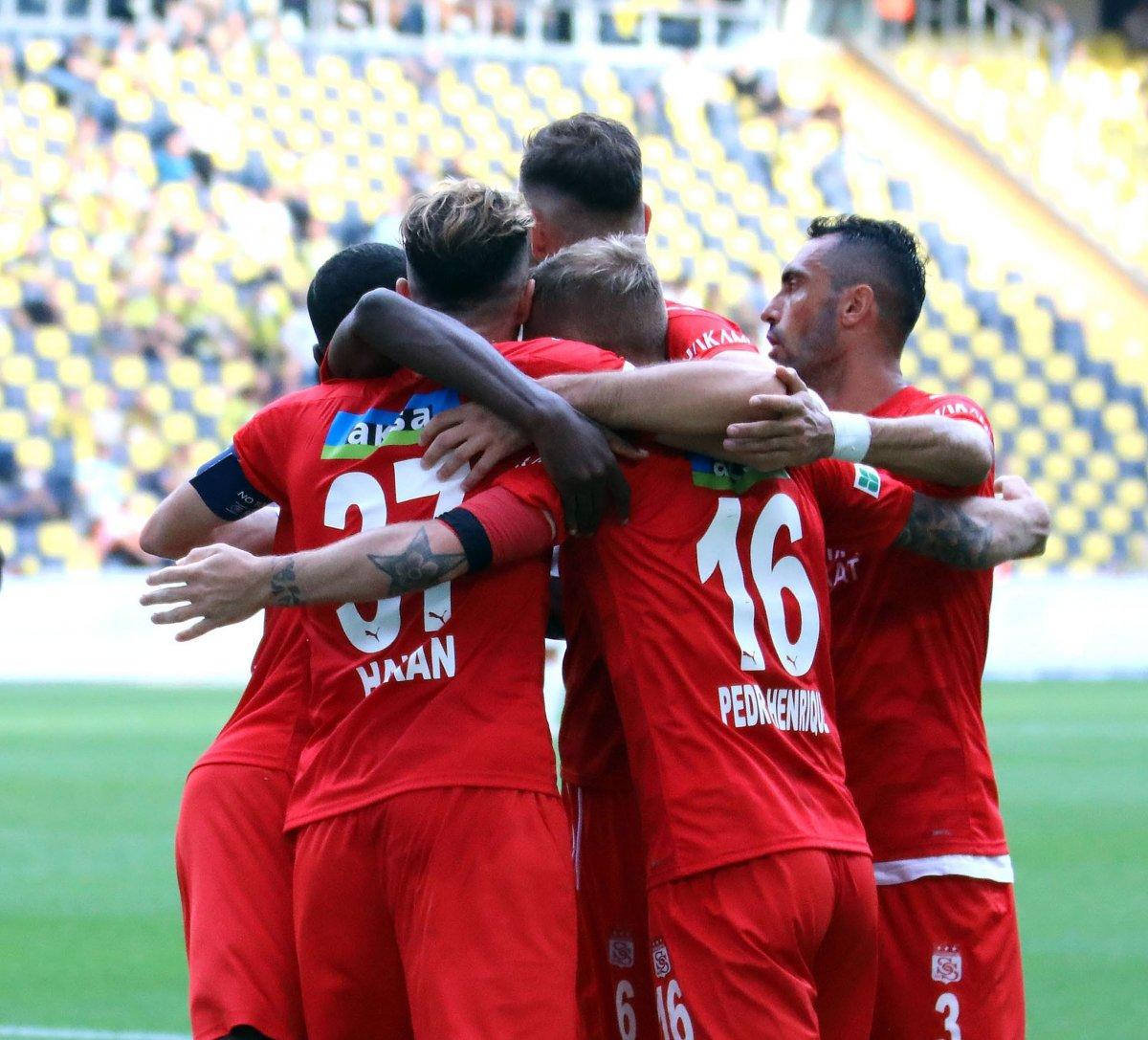 Fenerbahçe, Sivasspor la berabere kaldı #6