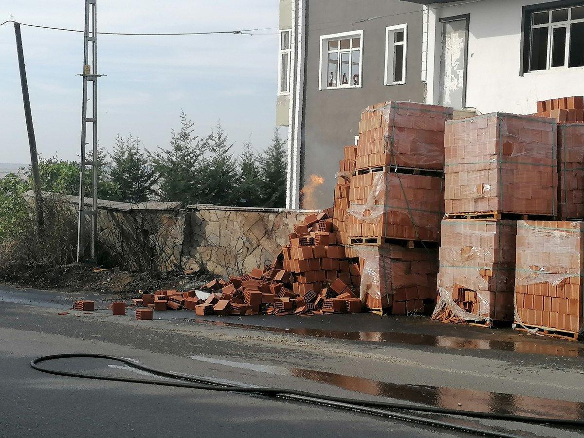 Silivri de doğalgaz kutusu yandı #3
