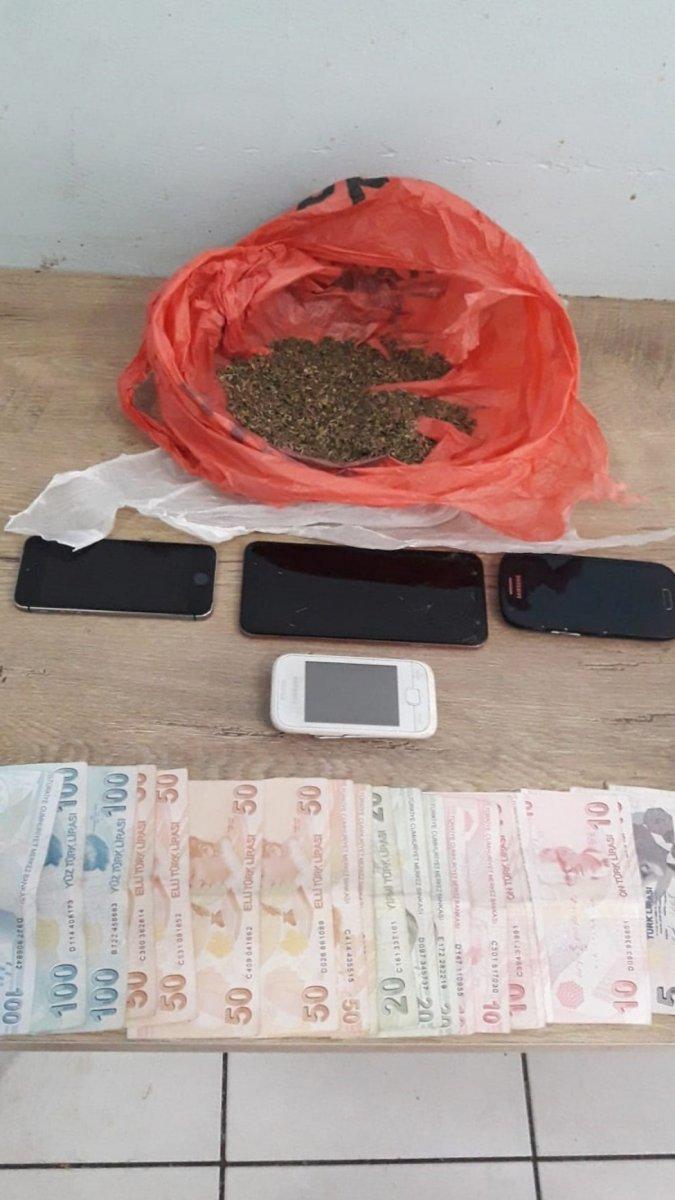 İstanbul da uyuşturucu operasyonu: 10 gözaltı #4