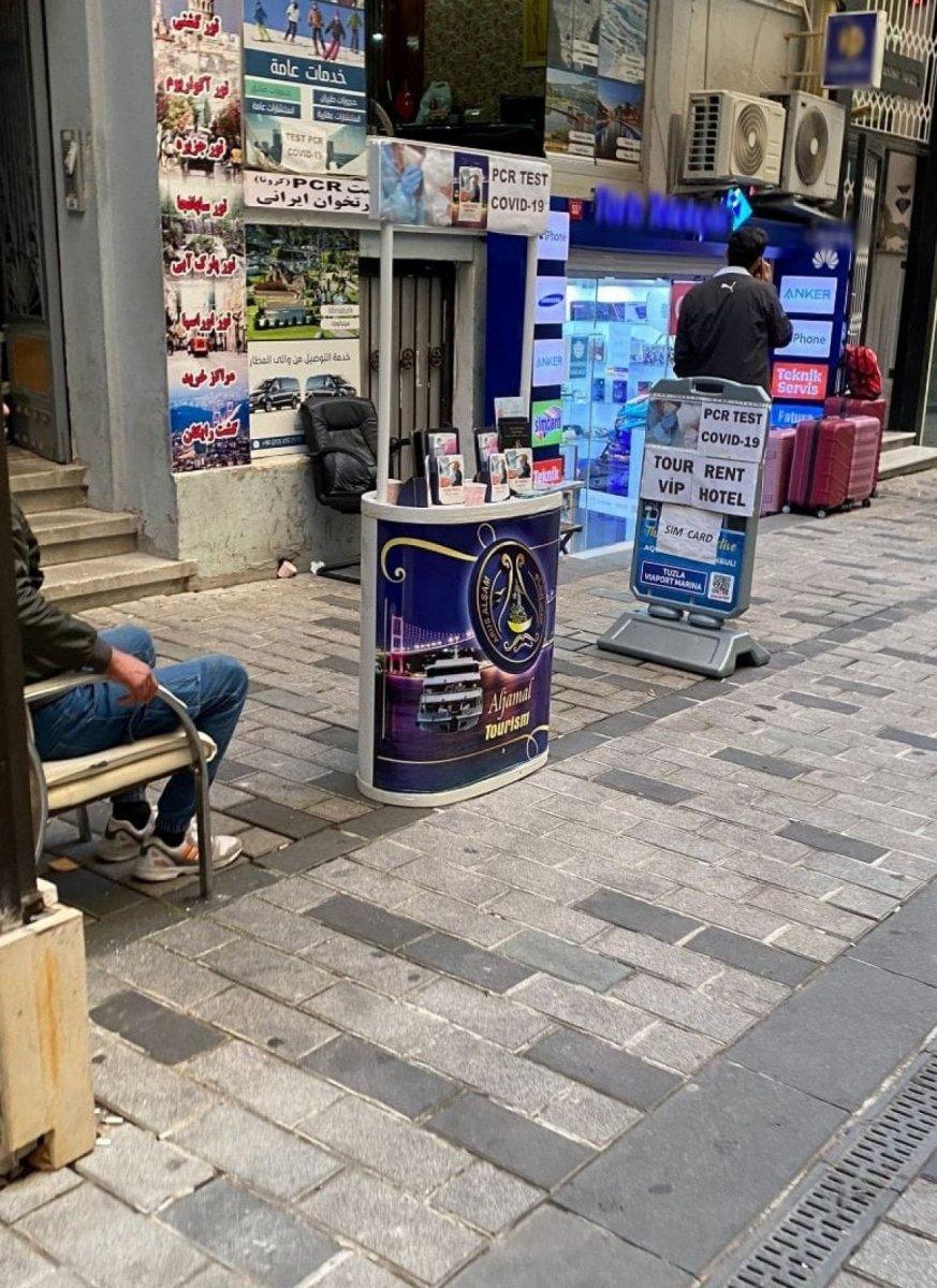 Beyoğlu nda  Kaçak Tur  stantlarına ceza yağdı #2