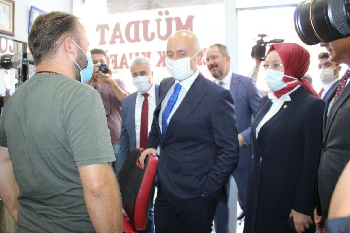 Adil Karaismailoğlu'nun Tekirdağ'da berber ile güldüren diyaloğu #2