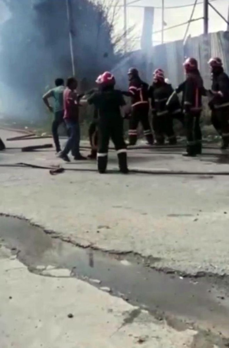 Sakarya da yangına müdahale eden itfaiyecilere saldırı #3