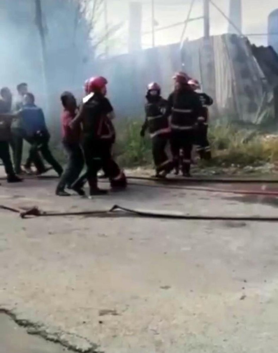 Sakarya da yangına müdahale eden itfaiyecilere saldırı #2