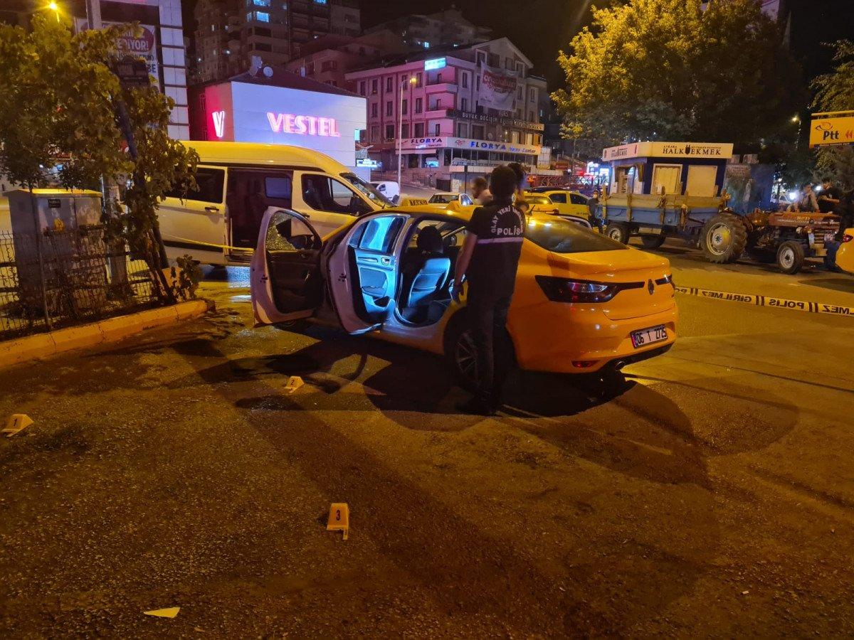 Ankara'da, taksi durağında kardeşine silahla saldırdı #2