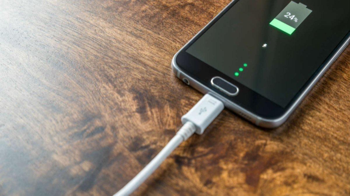 Xiaomi: 120W hızlı şarj bataryaya zarar vermiyor