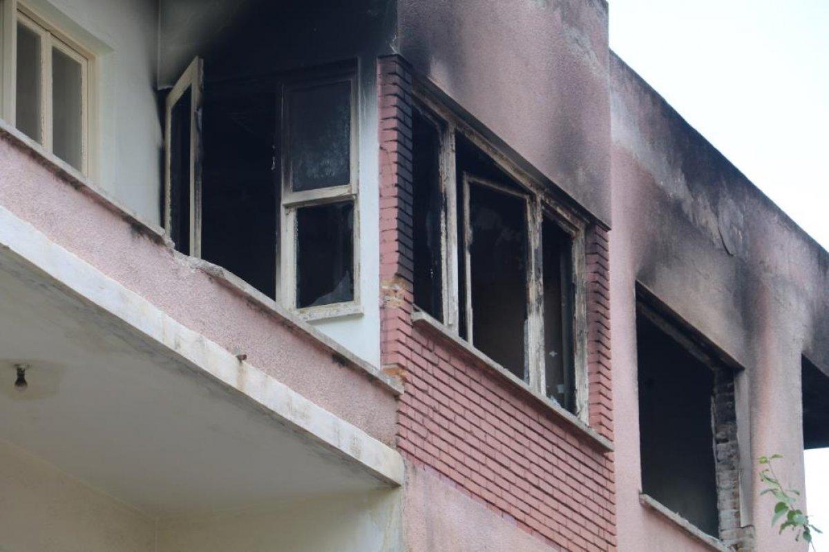 Antalya da bimekan şahısların sebep olduğu düşünülen bina alev alev yandı #5
