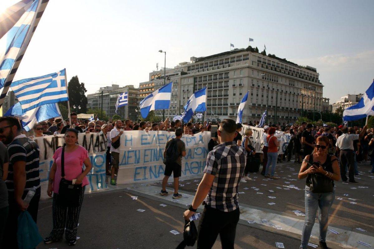 Yunanistan da aşısızlara yönelik yeni yaptırımlar #2