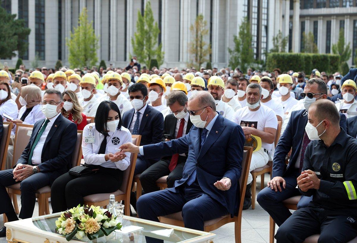 Cumhurbaşkanı Erdoğan, Beştepe de işçilerle buluştu #4