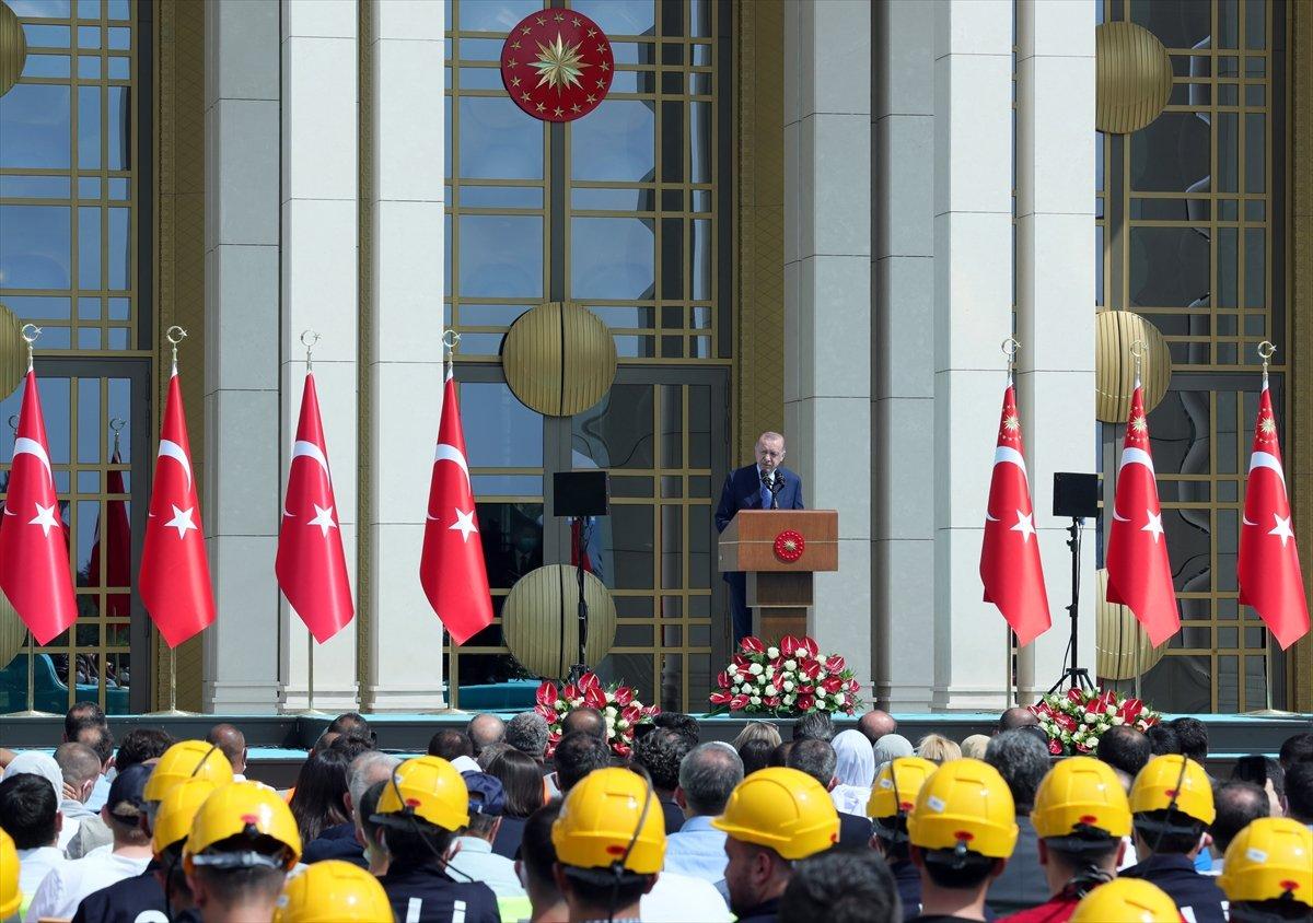 Cumhurbaşkanı Erdoğan, Beştepe de işçilerle buluştu #3