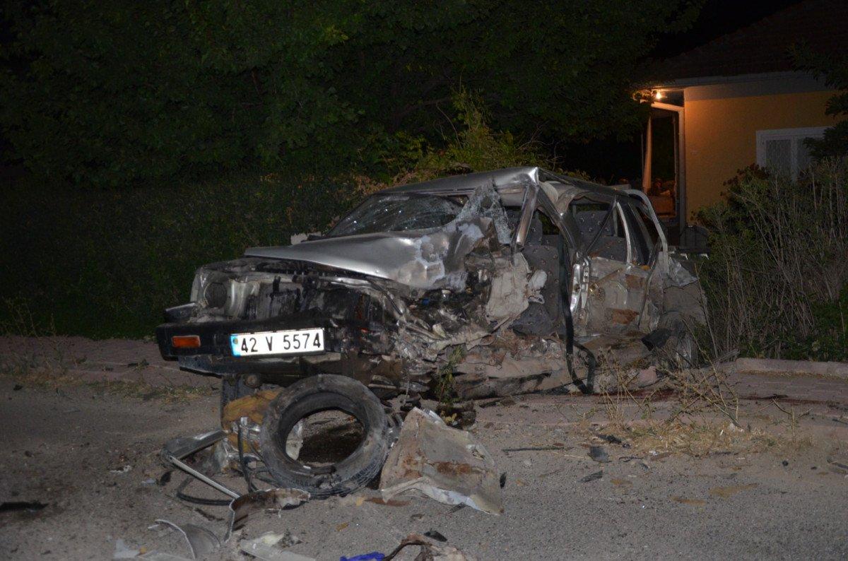 Konya da hafif ticari araçla kamyonet çarpıştı: 1 ölü #2