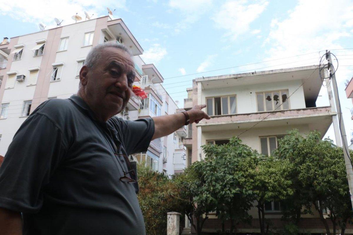 Antalya da bimekan şahısların sebep olduğu düşünülen bina alev alev yandı #1