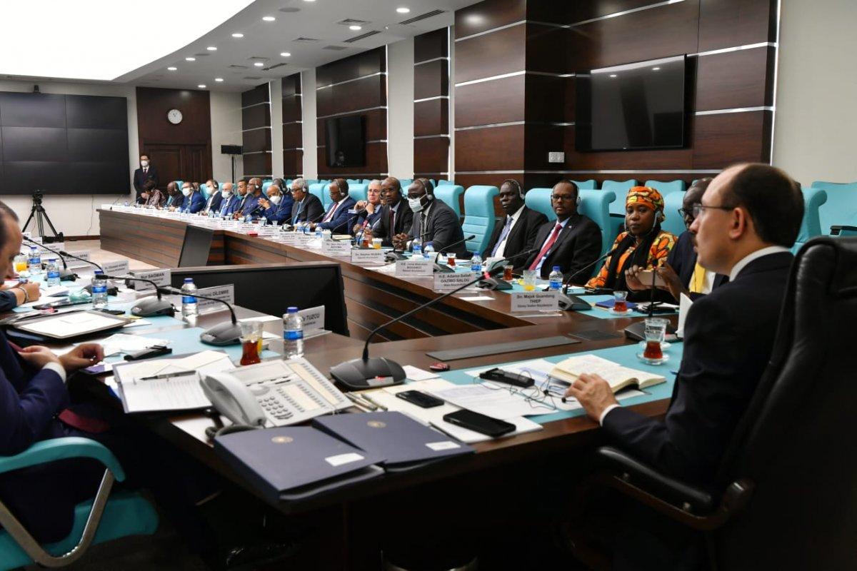 Mehmet Muş, Afrika ülkelerinin Ankara büyükelçileriyle bir arada  #3