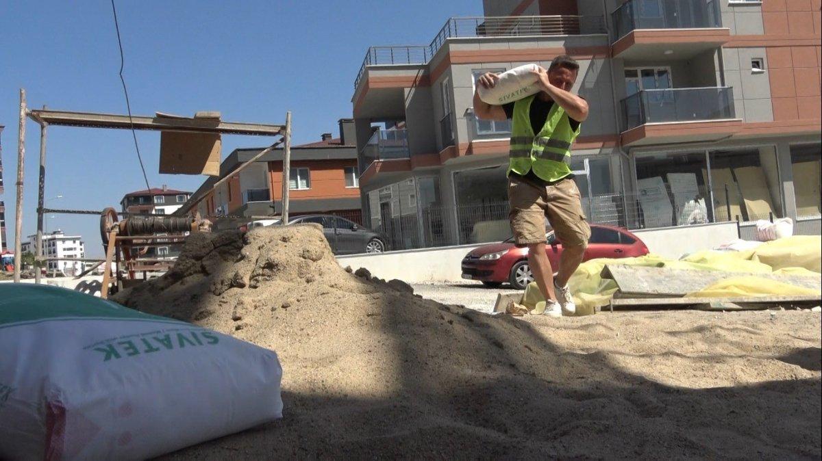 Edirne de okul müdürü, öğrencilerine ayakkabı almak için inşaatta çalışıyor #2