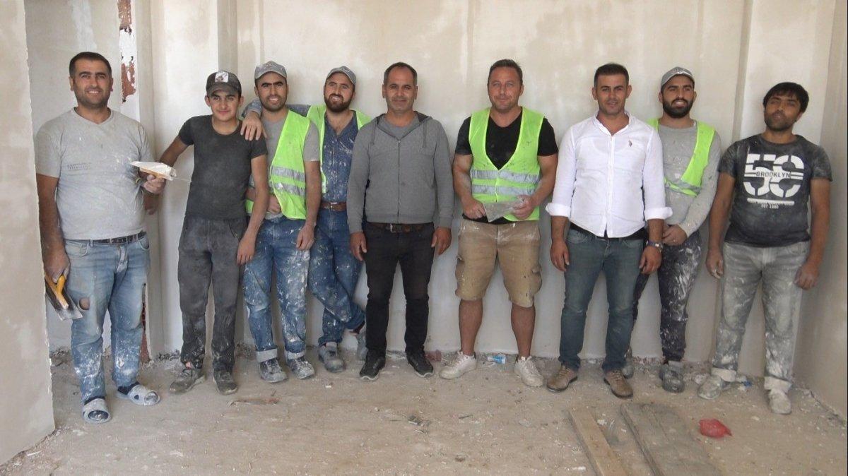 Edirne de okul müdürü, öğrencilerine ayakkabı almak için inşaatta çalışıyor #3