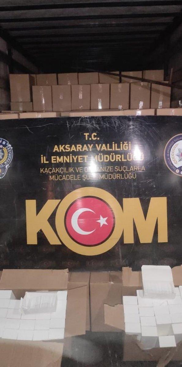 Aksaray'da, tırda 9 milyon adet bandrolsüz makaron ele geçirildi  #2