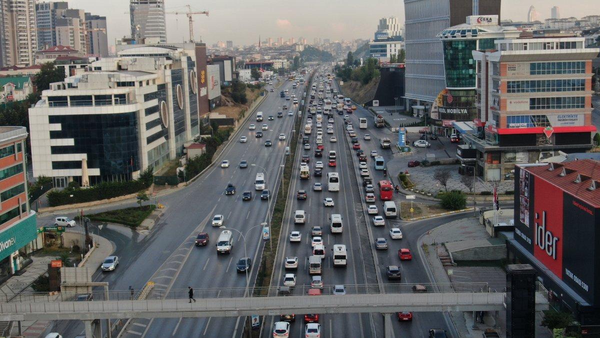 İstanbul da trafik yoğunluğu yüzde 60 ı gördü #3