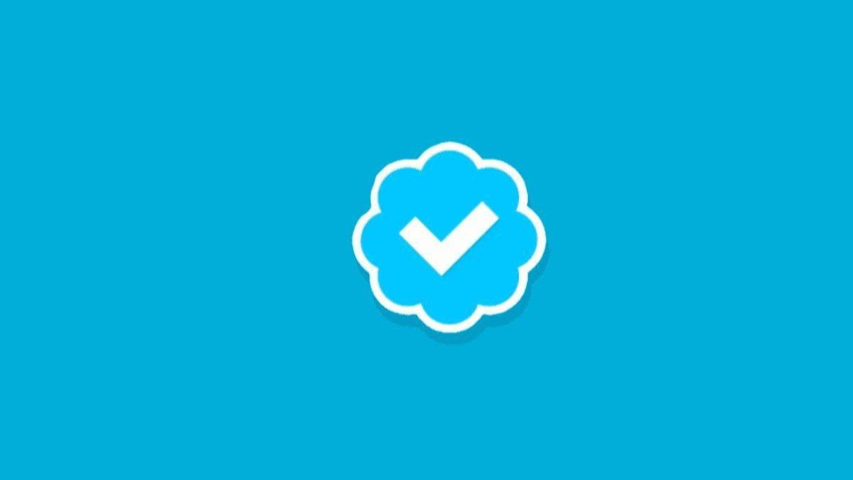 Twitter, mavi tik başvurularını yeniden açtı
