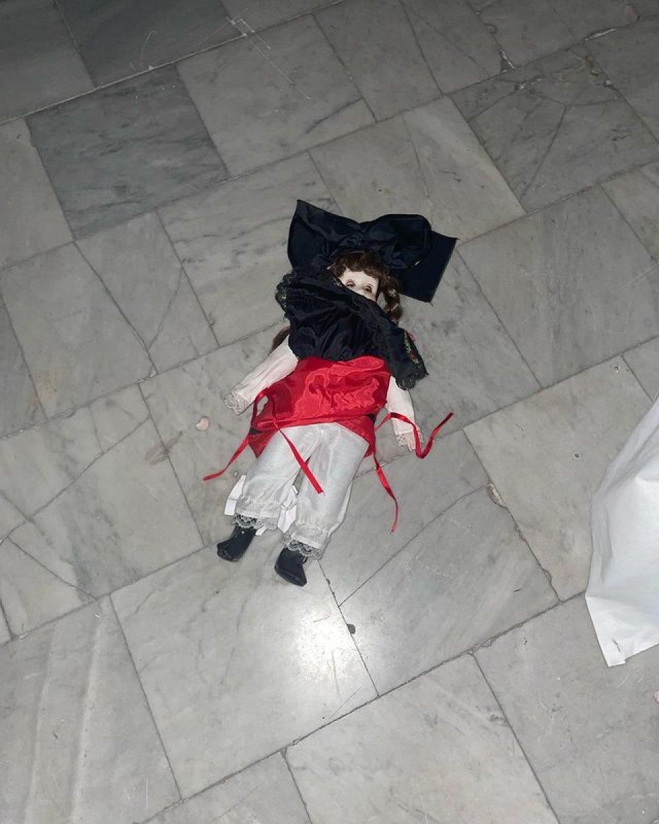 Dilara Fındıkoğlu nun kırmızı partisi #3