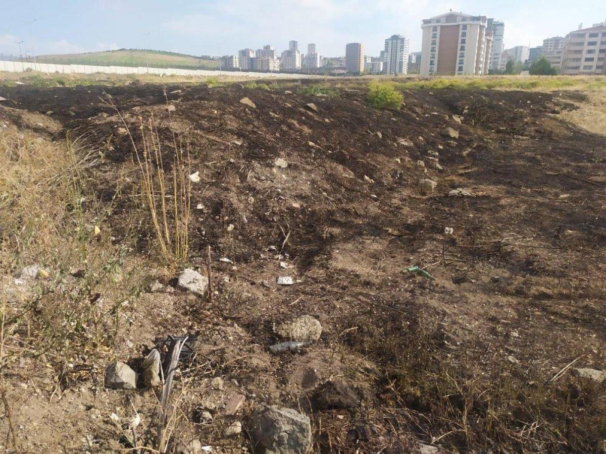 Ankara da yıldırım düşen boş arazide yangın çıktı #4