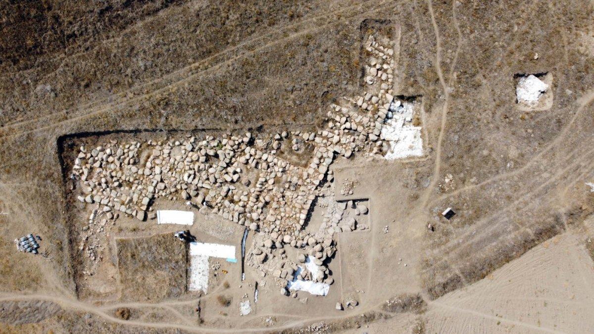 Dünyanın bilinen en eski mozaiği Yozgat'ta bulundu #5