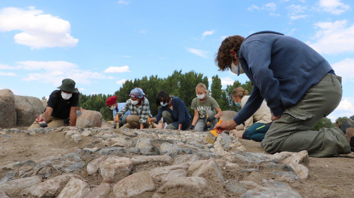 Dünyanın bilinen en eski mozaiği Yozgat'ta bulundu #2