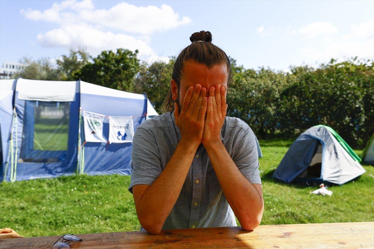 Almanya da bir grup, iklim krizine farkındalık için açlık grevinde #1