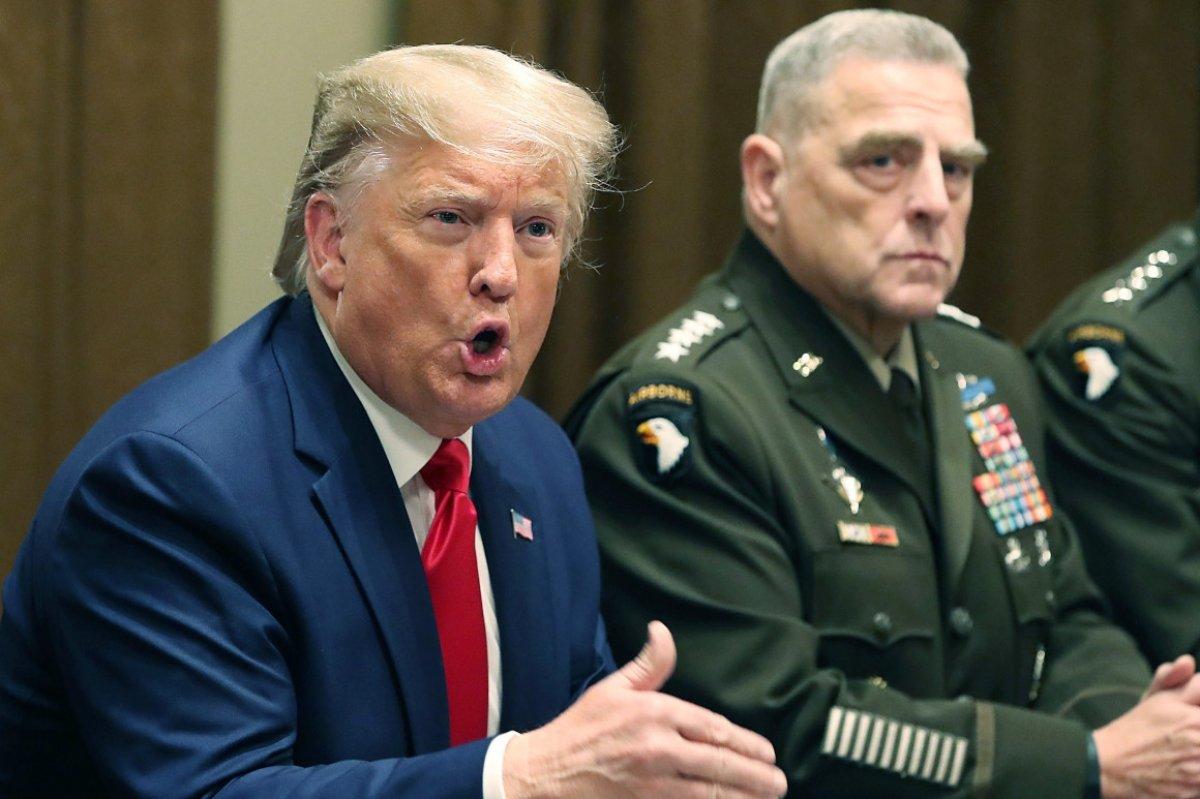 Donald Trump, ABD Genelkurmay Başkanı nı vatana ihanetle suçladı #3