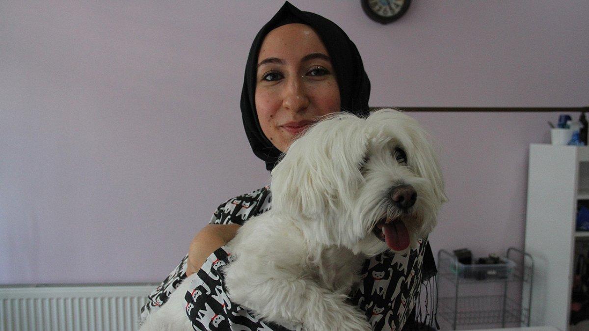 Kayseri de devlet desteğiyle açtığı kuaför salonunda evcil hayvanları güzelleştiriyor #1