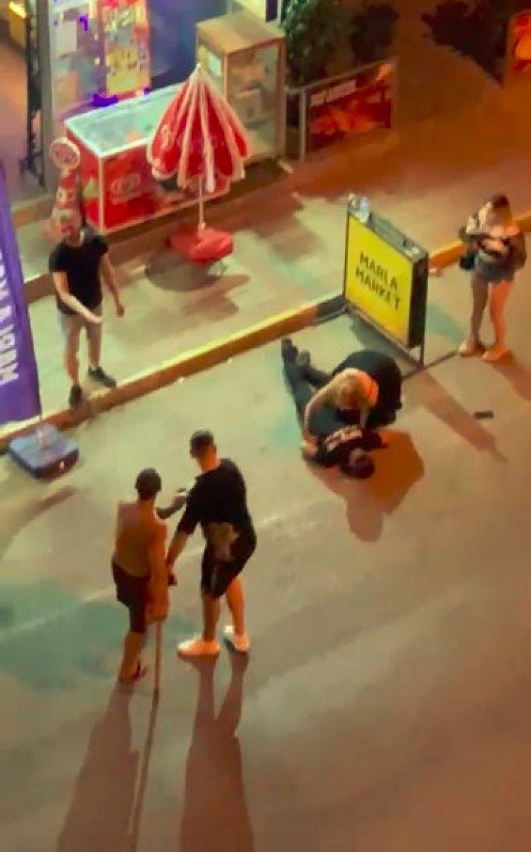 Antalya daki genç, gürültü kavgasında sopayla öldüresiye darbedildi #1