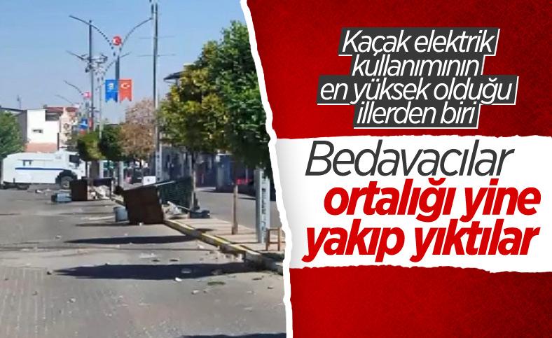 Diyarbakır'da elektrik dağıtım ekibi engellenmeye çalışıldı