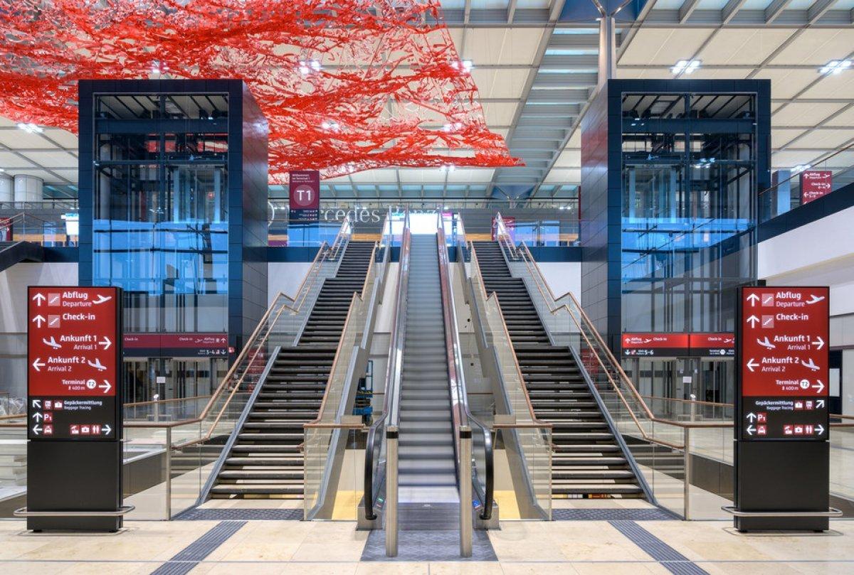 Uğur Cebeci, Berlin Havalimanı nı değerlendirdi #3