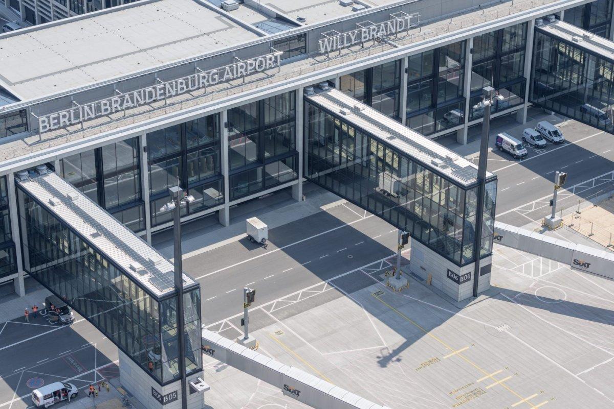 Uğur Cebeci, Berlin Havalimanı nı değerlendirdi #2