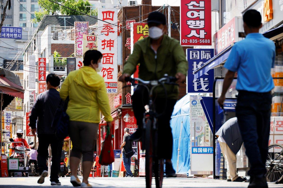 Çin de sanayi ve perakende sektörlerindeki büyüme koronavirüse yenik düştü #1