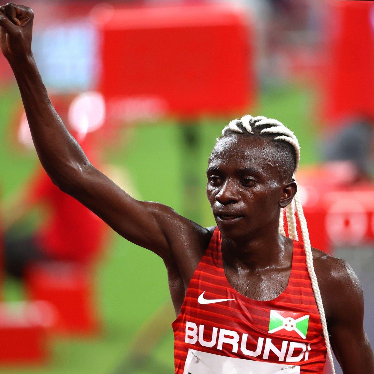 Burundili atlet Francine Niyonsaba dan dünya rekoru #1