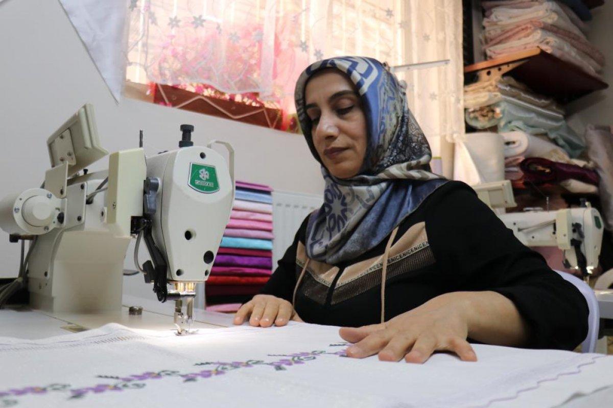 Malatya da 3 çocuğuna bakan kadın, yarım kalan eğitim hayatını tamamladı #3
