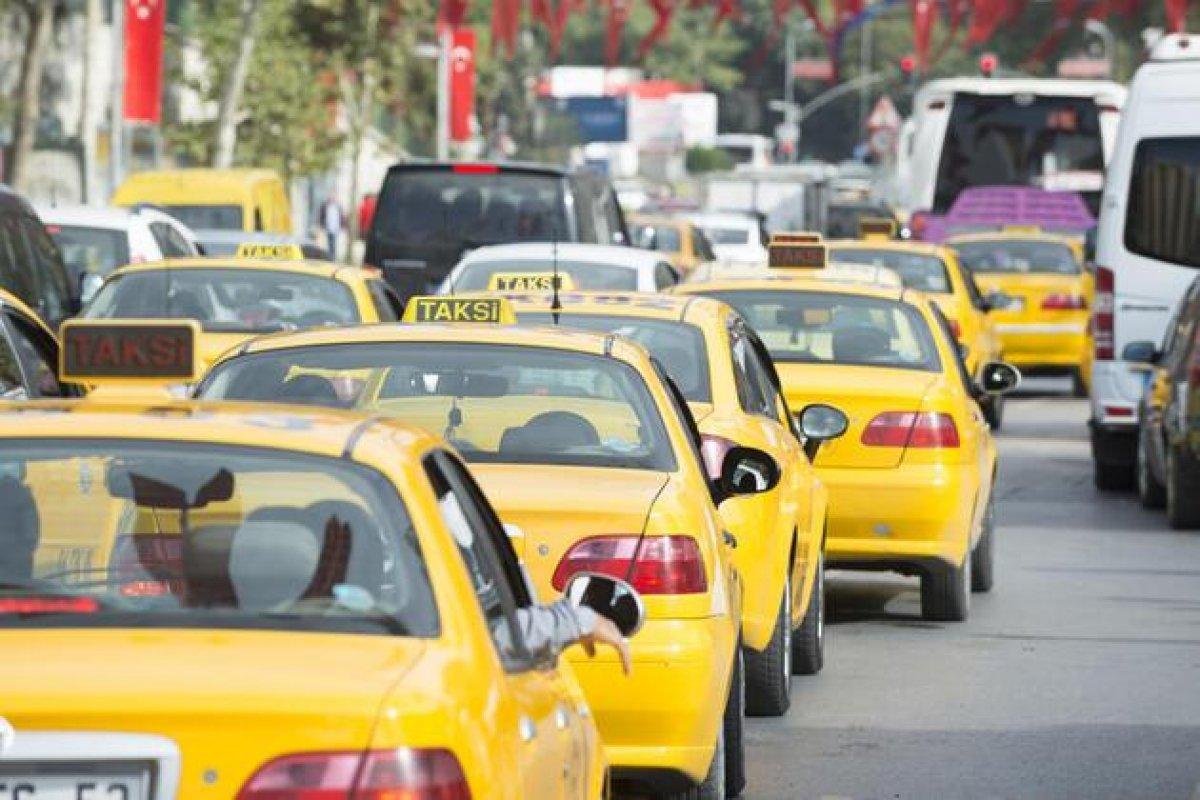 Taksilerde yaş sınırı yükseltildi #1