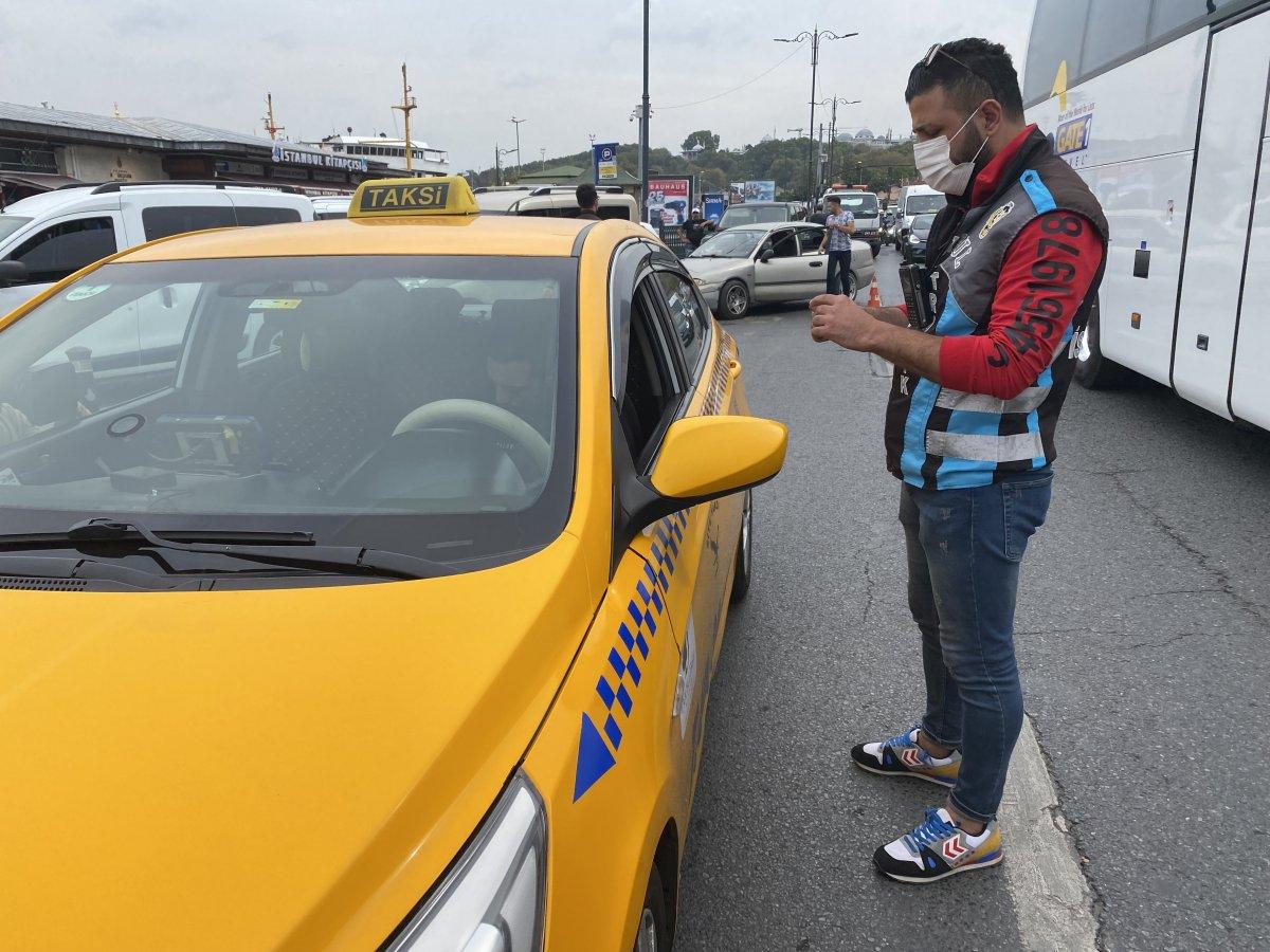 Eminönü'nde taksicilere ceza yağdı #1
