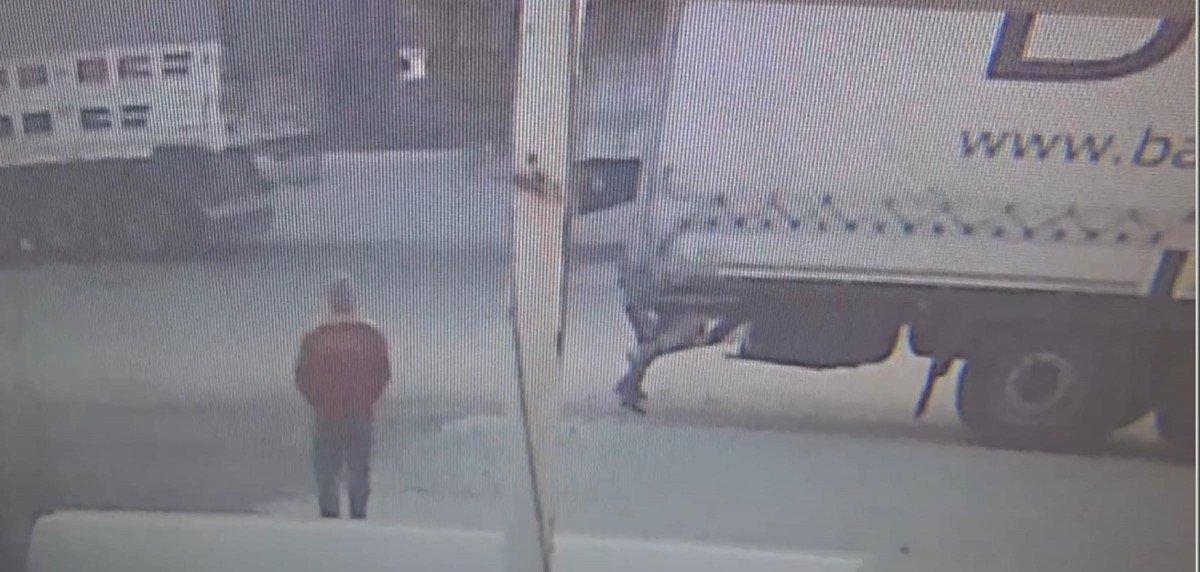 Tekirdağ'da tıra kaçak binmeye çalışan 2 göçmen, bekçiye silah çekti #3