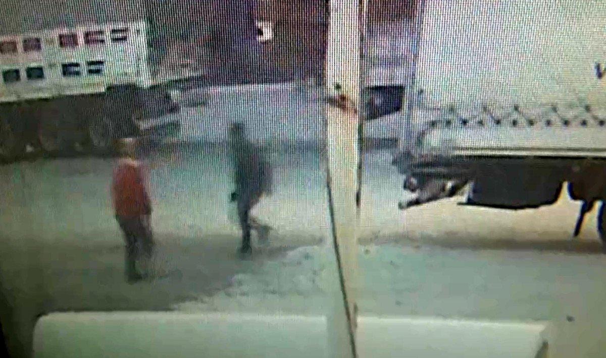 Tekirdağ'da tıra kaçak binmeye çalışan 2 göçmen, bekçiye silah çekti #2