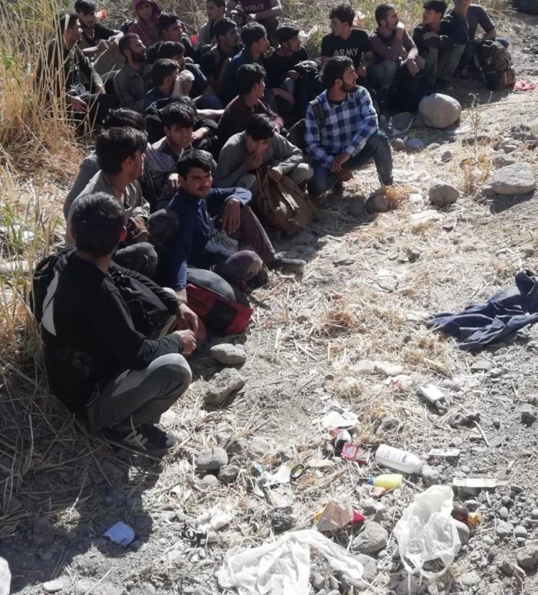 Van'da düzensiz göçmenlerin geçişine izin yok #1