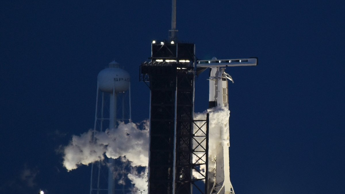 SpaceX roketi, başarılı bir şekilde fırlatıldı