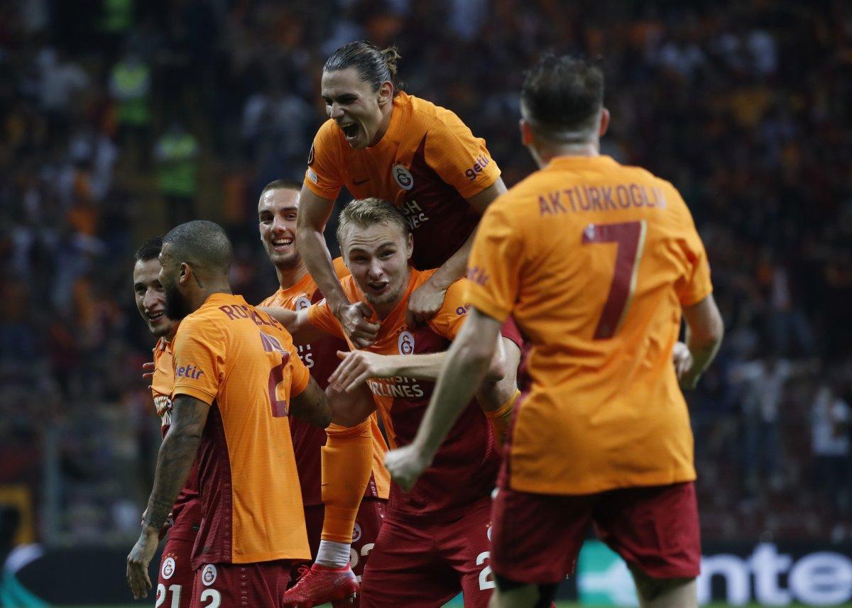 Galatasaray, Lazio yu tek golle mağlup etti #3