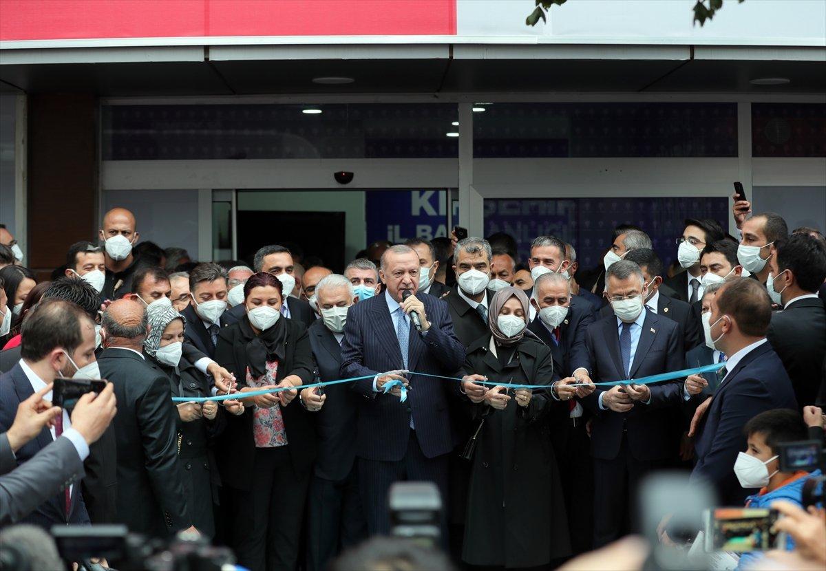 Cumhurbaşkanı Erdoğan, AK Parti Kırşehir İl Başkanlığı binasının açılışını yaptı #4