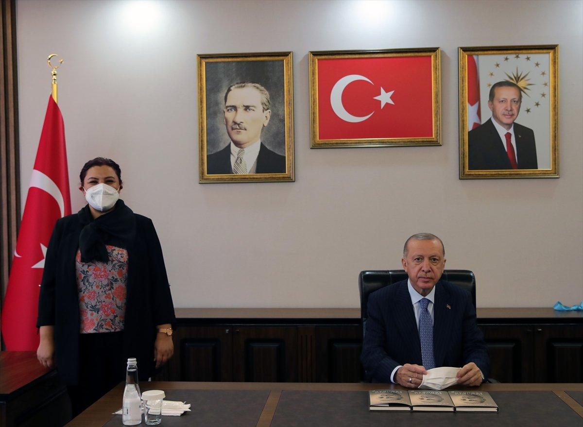 Cumhurbaşkanı Erdoğan, AK Parti Kırşehir İl Başkanlığı binasının açılışını yaptı #3
