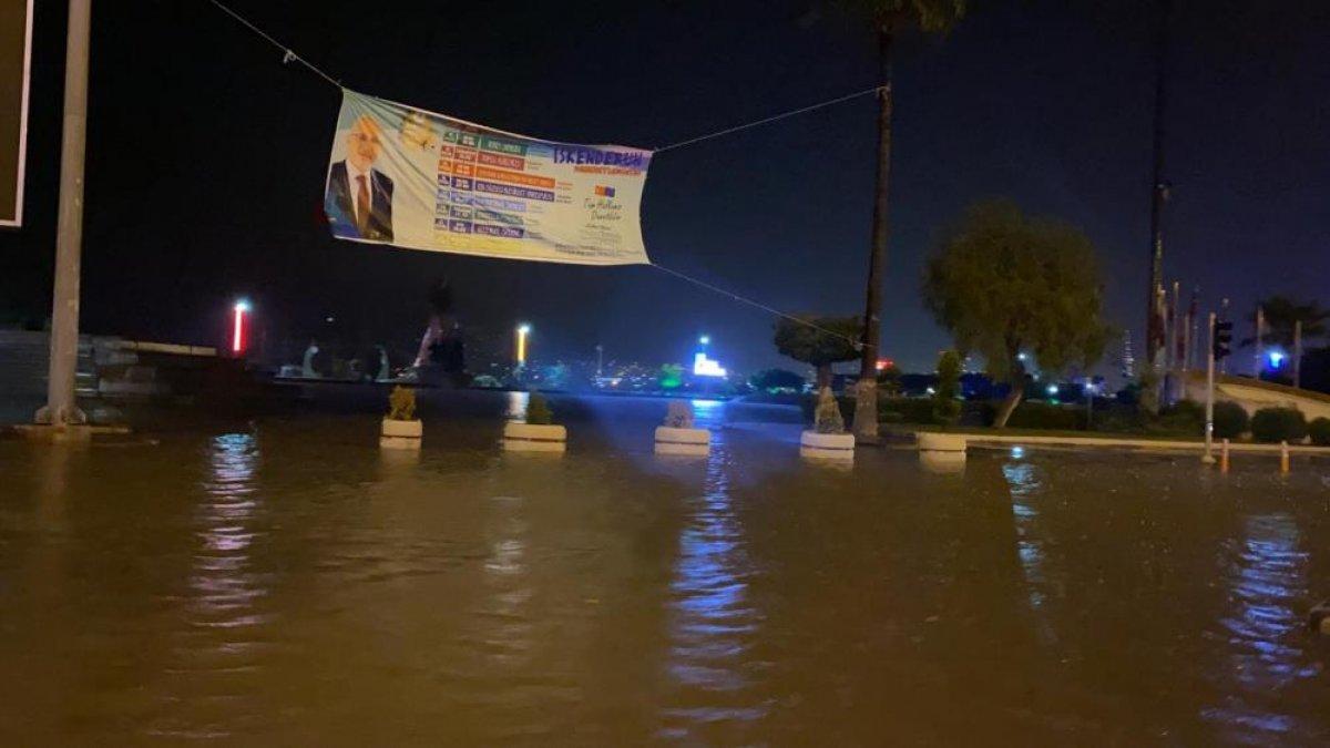 Sağanak yağış, birçok ilde su baskınlarına neden oldu #14