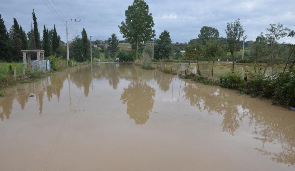 Sağanak yağış, birçok ilde su baskınlarına neden oldu #4