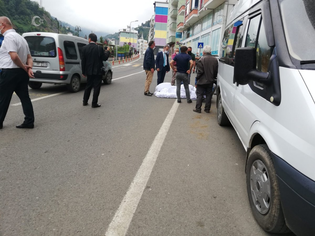 Trabzon da belediye başkanından  Kürdistan siparişi  baskını #1