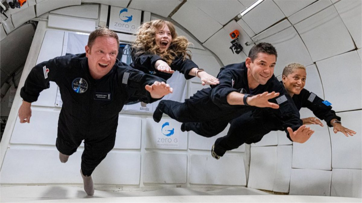 Inspiration4 mürettebatı, uzaydaki ilk günlerini geçirdi