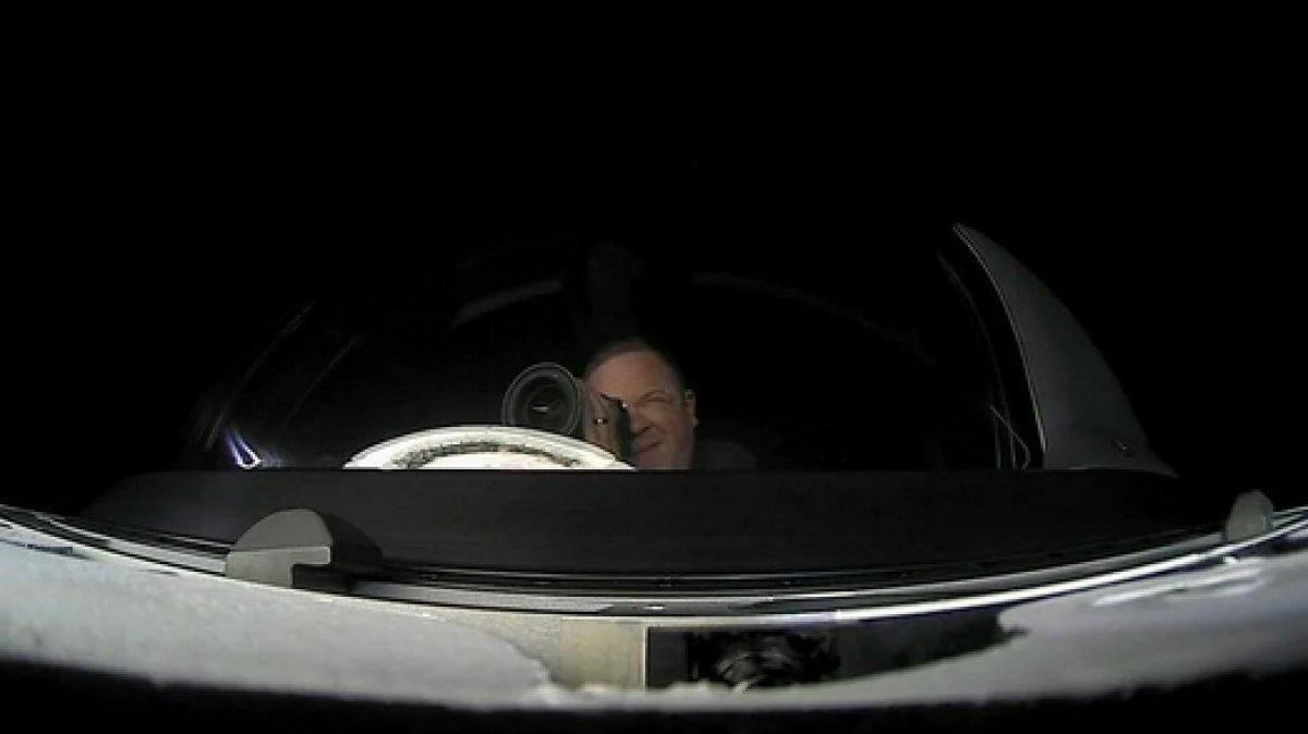 SpaceX in 4 amatör astronotundan ilk görüntüler paylaşıldı #1