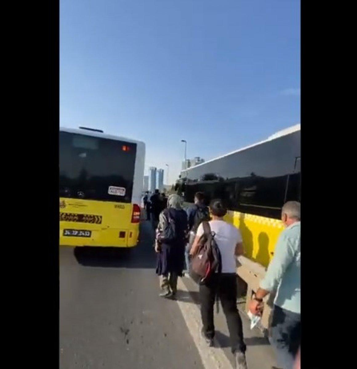 15 Temmuz Şehitler Köprüsü nde metrobüs arızası #1